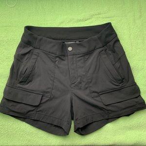 Athleta Trekkie Short size 4